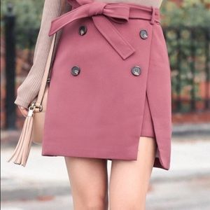 Chicwish double button flap skirt in berry